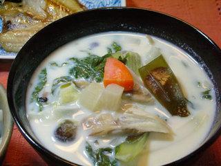 白菜の間引き菜のミルク汁