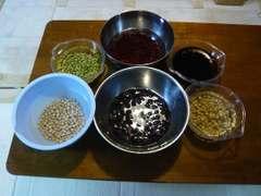 豆をふやかす