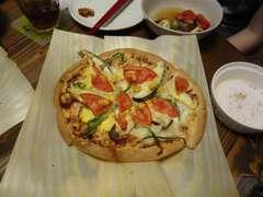 カリカリになったピザ