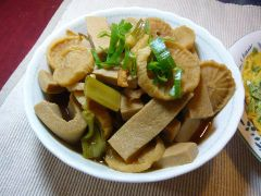 丸い切り干し大根と高野豆腐